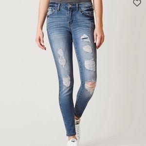 KanCan Skinny Jean (size 27)
